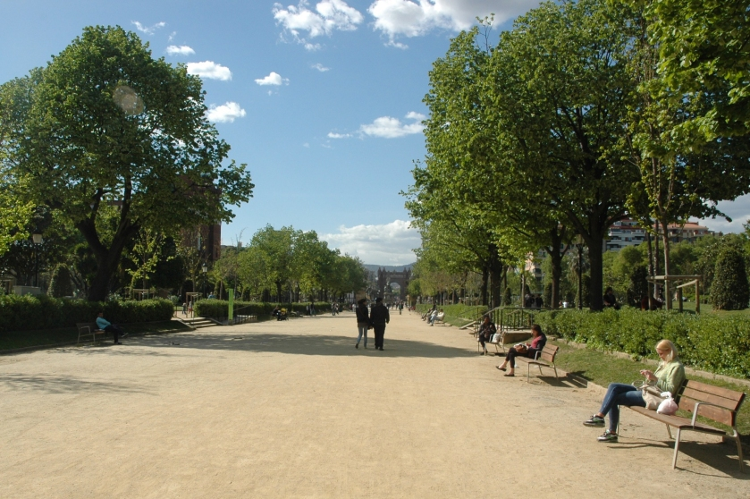 Things to do in Barcelona Spain Full Time Explorer Park Path Road Parc de la Ciutadella